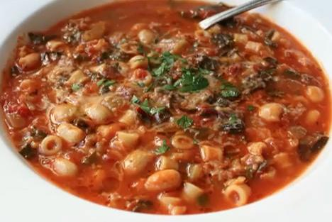 italian_vegetable_and_pasta_soup__minestrone_soup